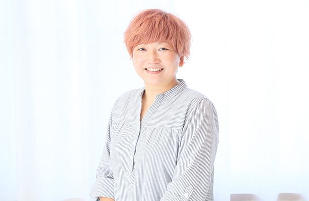 津川 奈津子